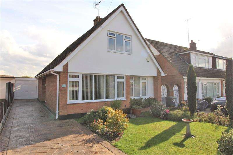 2 Bedrooms Detached House for sale in The Fairway, Leigh-On-Sea, Essex, SS9