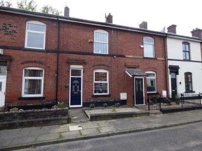 2 Bedrooms Terraced House for sale in Halstead Street, Chesham, Bury, Greater Manchester, BL9