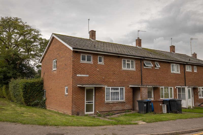 3 Bedrooms End Of Terrace House for sale in Aldykes, Hatfield, AL10