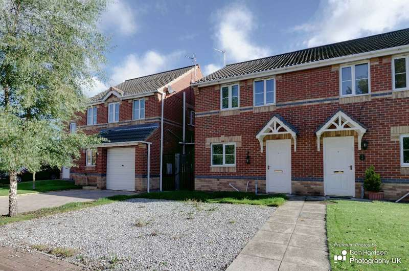 3 Bedrooms Semi Detached House for rent in Stony Close, Stainforth, DN7
