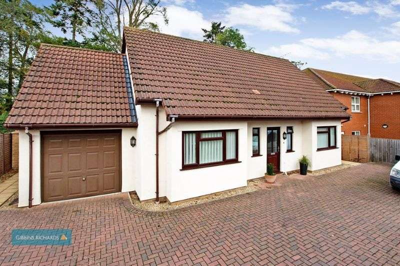 4 Bedrooms Property for sale in Glenwood Gardens, Taunton