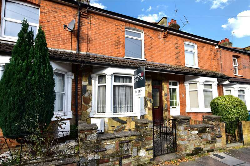 3 Bedrooms Terraced House for sale in Cassiobridge Road, Watford, Hertfordshire, WD18