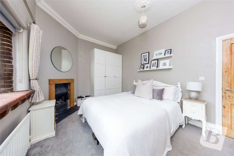 1 Bedroom Apartment Flat for sale in Headley Chase, Warley, Brentwood, Essex, CM14