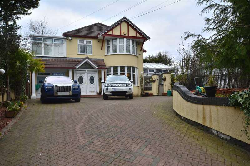 4 Bedrooms Detached House for sale in Bury New Rd, Salford