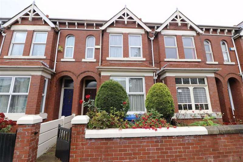 3 Bedrooms Terraced House for sale in Kings Road, Old Trafford, Trafford, M16