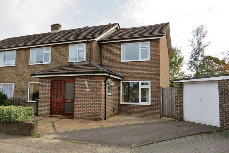 4 Bedrooms Semi Detached House for rent in Furnace Green, Crawley, RH10