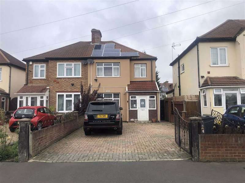 3 Bedrooms Semi Detached House for sale in Spring Grove Crescent, Hounslow
