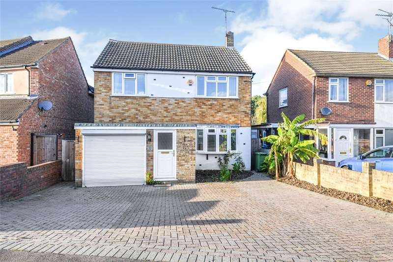 4 Bedrooms Detached House for sale in Long Ridings Avenue, Hutton, Brentwood, Essex