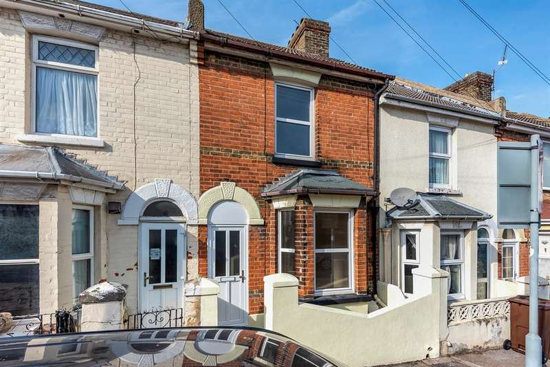 3 Bedrooms Terraced House for sale in Palmerston Road, Chatham