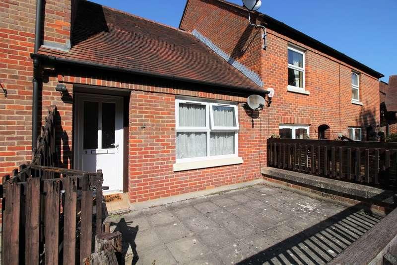 Apartment Flat for sale in Church Lane, Hatfield, AL9