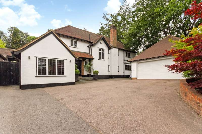 4 Bedrooms Detached House for sale in Chorleywood Road, Rickmansworth, WD3