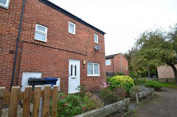 2 Bedrooms Terraced House for rent in Leonard Close