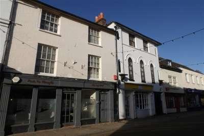 2 Bedrooms Flat for rent in Romsey