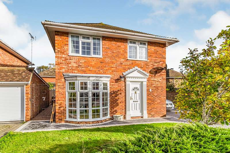 3 Bedrooms Detached House for sale in Willowbank Drive, High Halstow, Rochester, Kent, ME3