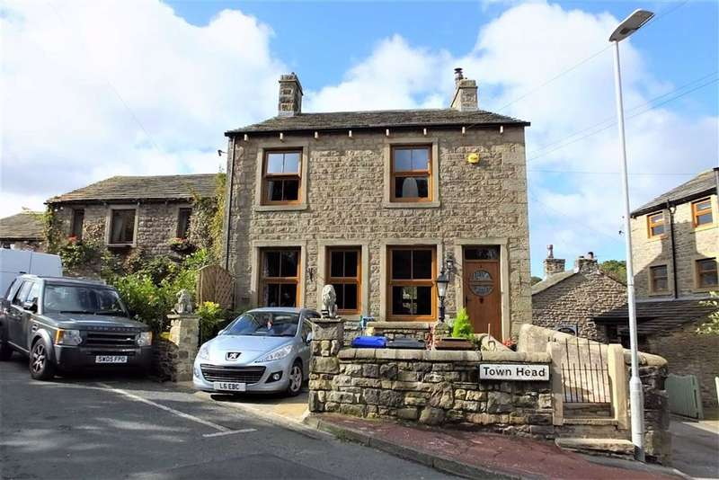 4 Bedrooms Semi Detached House for sale in Town Head, Barnoldswick, Lancashire, BB18