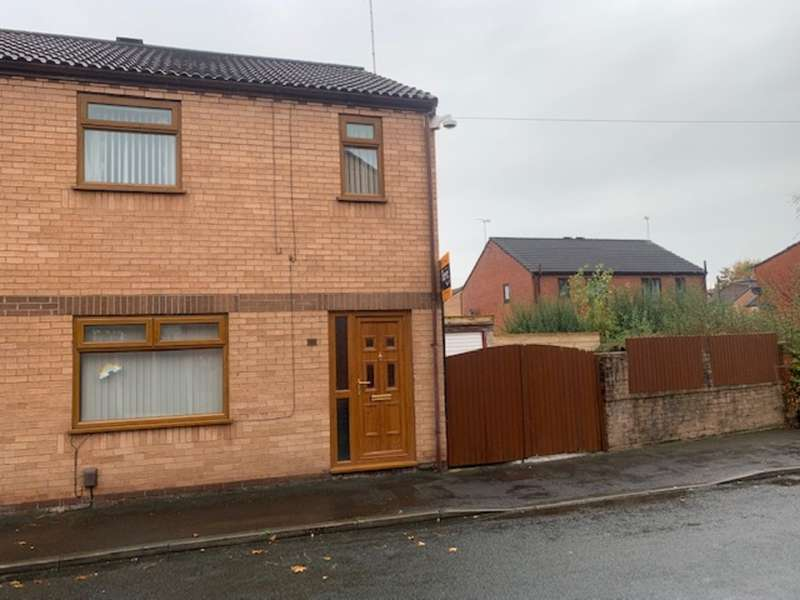 3 Bedrooms Semi Detached House for sale in Hull Street, Ashton-on-ribble