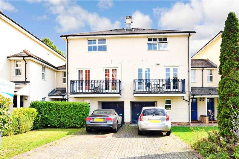 4 Bedrooms Town House for sale in Fennel Close, , The Esplanade, Rochester, Kent