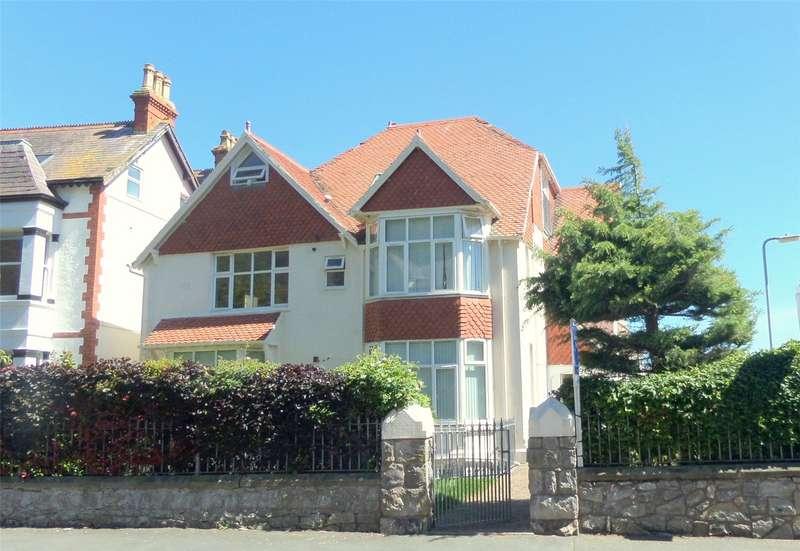 2 Bedrooms Penthouse Flat for sale in Abbey Road, Llandudno, LL30