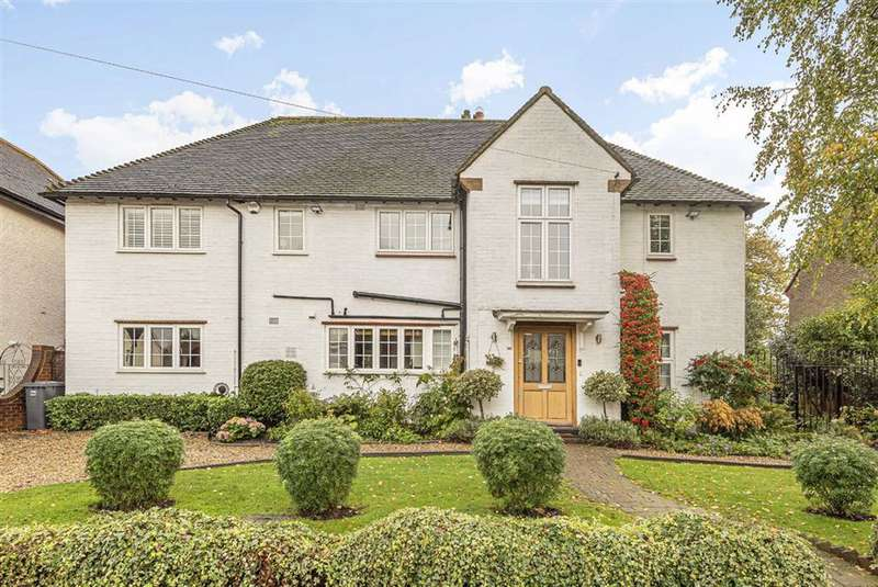 5 Bedrooms Detached House for sale in Kings Road, High Barnet, Hertfordshire