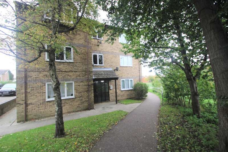 2 Bedrooms Flat for sale in Wickham Road Witham