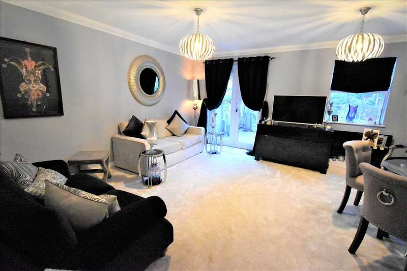 3 Bedrooms House for sale in Sandringham Drive, Bexley Park, Bexley