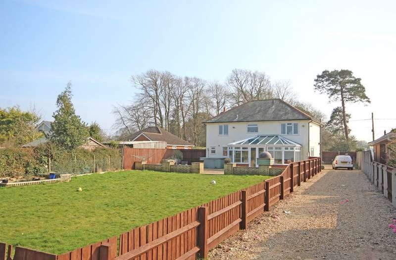 4 Bedrooms Detached House for sale in Sway Road Lymington