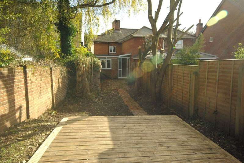 2 Bedrooms End Of Terrace House for rent in Middlebridge Street, Romsey, Hampshire, SO51