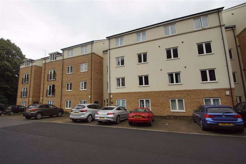 2 Bedrooms Apartment Flat for rent in Holly Way, Leeds