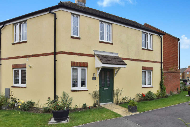 3 Bedrooms Detached House for sale in Hadleigh Street, Ashford