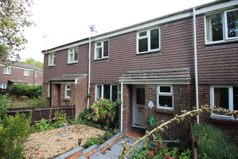 3 Bedrooms House for sale in Badger Brow, Waterlooville, Hampshire, PO7