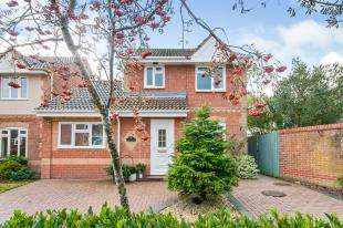 4 Bedrooms Detached House for sale in The Ridgeway, Lympne, Hythe, Kent