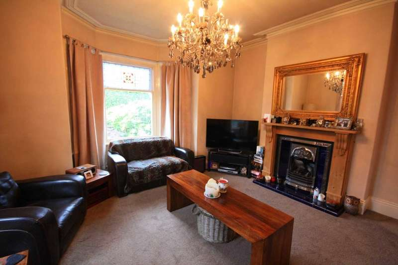3 Bedrooms Terraced House for rent in Gardner Road, Prestwich