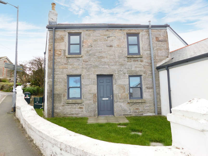 3 Bedrooms Semi Detached House for sale in Fore Street, St. Just
