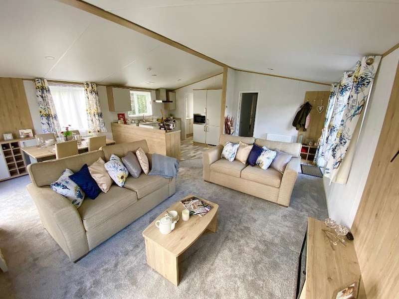 2 Bedrooms Detached House for sale in Tydd St Giles Golf and Country Club, Tydd St Giles, Cambridgeshire, PE13 5NZ