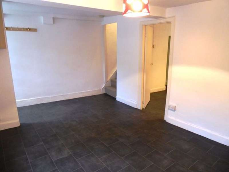2 Bedrooms Cottage House for rent in 1 Little Dick s Cottage, Penny Bridge, Ulverston