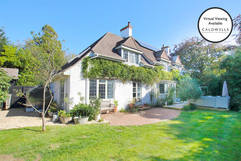 5 Bedrooms Detached House for sale in Farmers Walk, Everton, Lymington, Hampshire