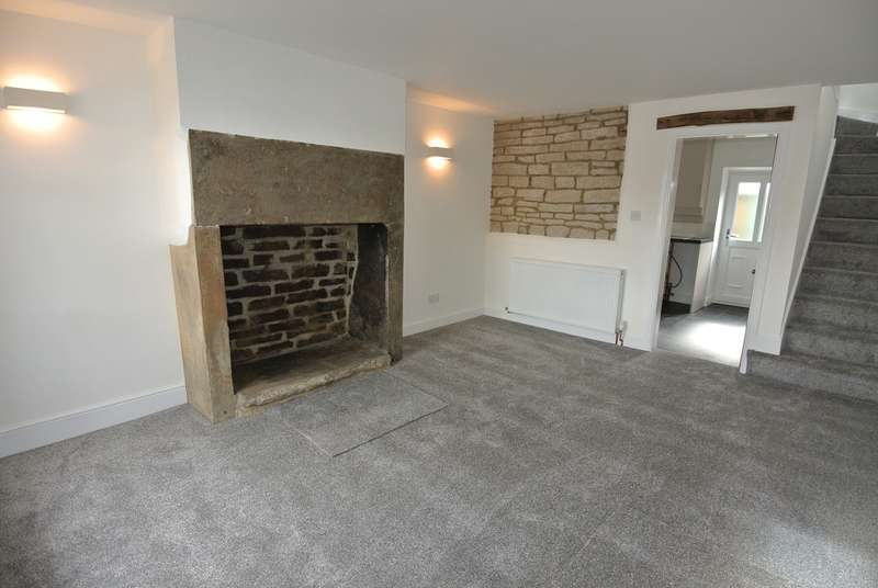2 Bedrooms Cottage House for rent in Town End Road, Wooldale, Holmfirth, HD9