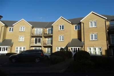 2 Bedrooms Flat for rent in Mortimer Way, Witham