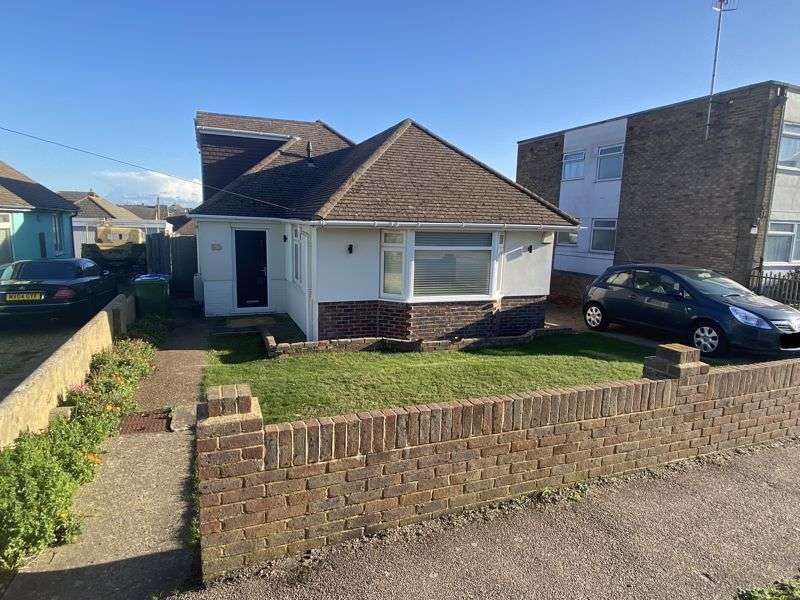3 Bedrooms Property for sale in Lincoln Avenue, Peacehaven