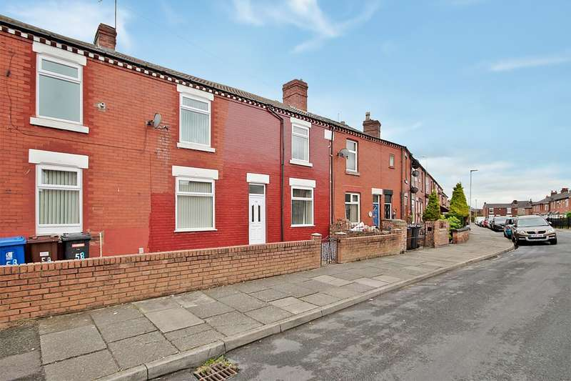 3 Bedrooms Property for rent in Morden Avenue, Ashton-in-Makerfield, Wigan, WN4