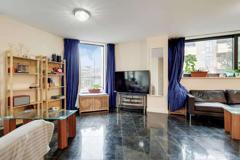 3 Bedrooms Flat for rent in Tudor Road, London Fields, E9