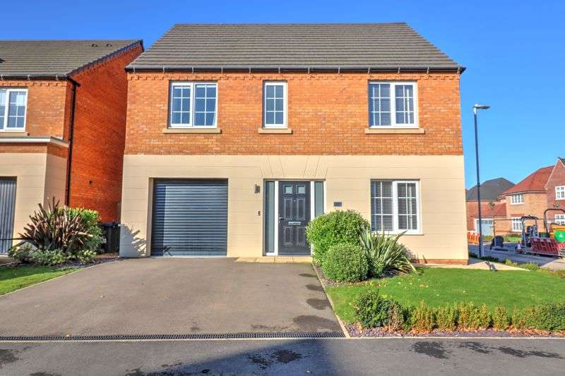 4 Bedrooms Property for sale in Angell Drive, Market Harborough, Leicestershire LE16 9GJ
