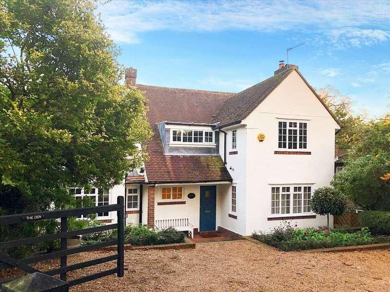 5 Bedrooms Detached House for sale in The Den, Heath Lane, Blackheath