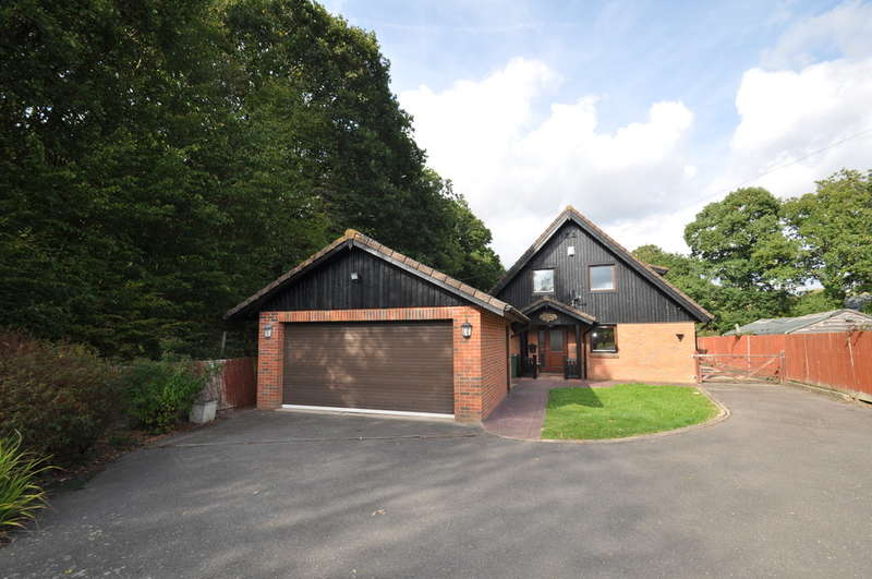 4 Bedrooms Chalet House for rent in Church Lane, Shadoxhurst