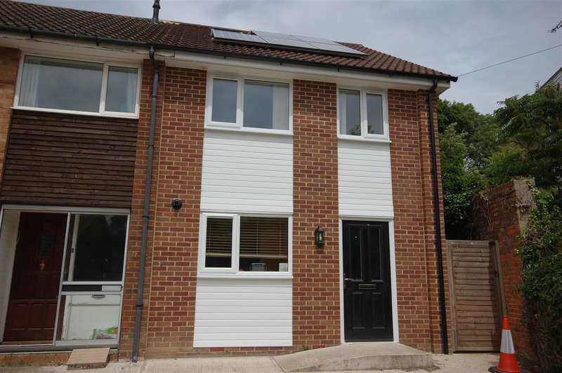 5 Bedrooms End Of Terrace House for rent in Longmeadow Road, Canterbury