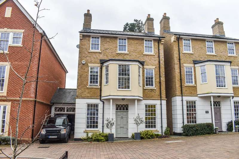 5 Bedrooms Detached House for sale in Barnetson Place, Dunmow