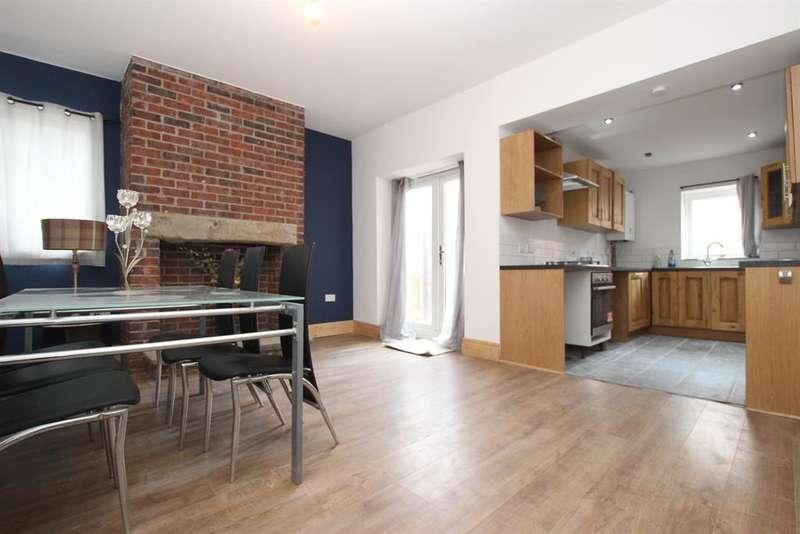 3 Bedrooms Terraced House for sale in Olive Lane, Darwen, BB3 0ET