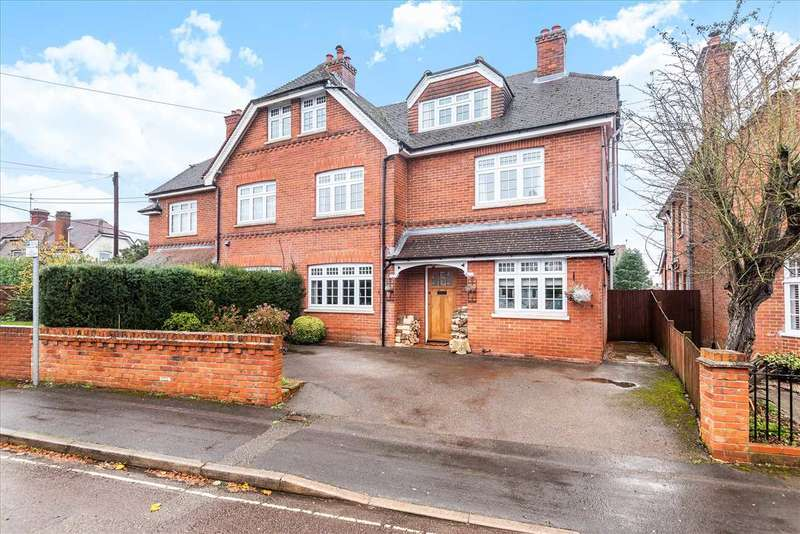 5 Bedrooms Semi Detached House for sale in Alexandra Road, Andover