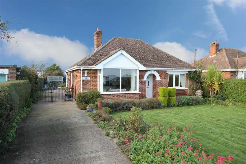 2 Bedrooms Detached Bungalow for sale in Stain Lane, Theddlethorpe, Mablethorpe