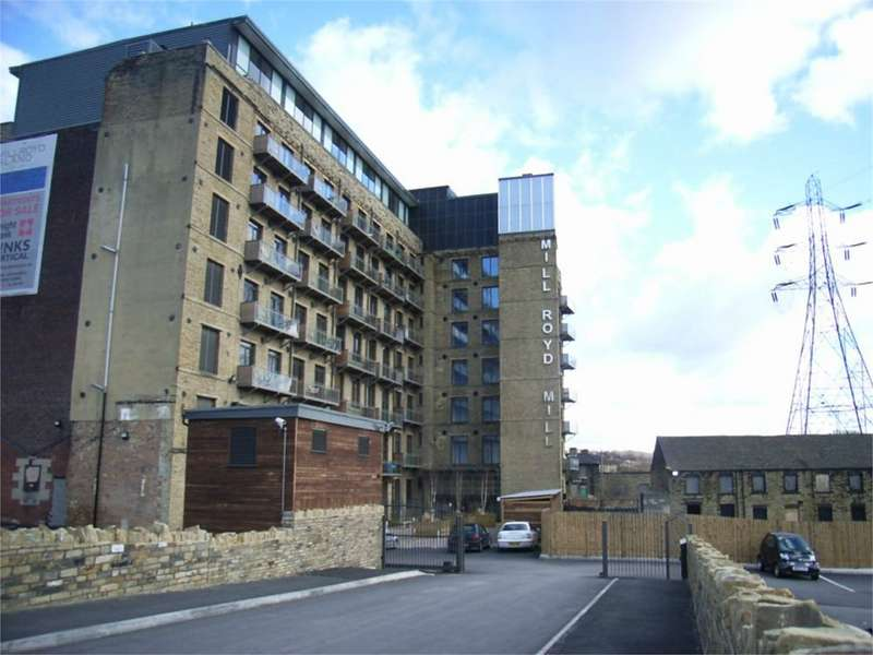 2 Bedrooms Flat Share for rent in Millroyd Mill, Huddersfield Road, Brighouse, West Yorkshire, HD6